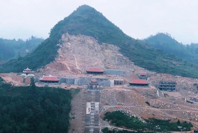 """Hà Giang vẫn khẳng định dự án phá núi xây khu du lịch sinh thái tâm linh """"phù hợp quy hoạch"""", trái ngược với khẳng định của Bộ VHTTDL"""