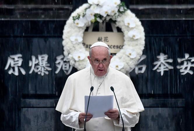 Giáo hoàng Francis tại buổi lễ tưởng niệm ở Nagasaki  ảnh: epa