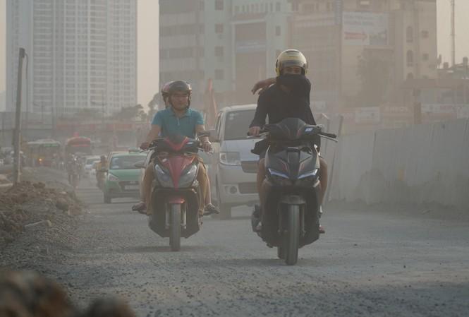 Khẩn cấp khắc phục ô nhiễm không khí ở Hà Nội