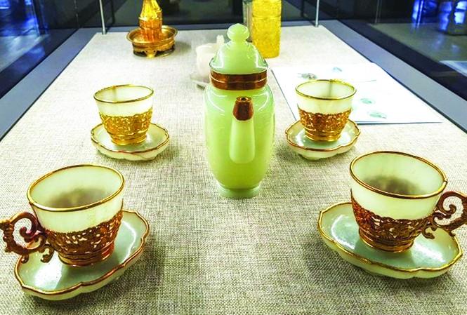 Chén ngọc viền vàng - cổ vật quý giá thời nhà Nguyễn