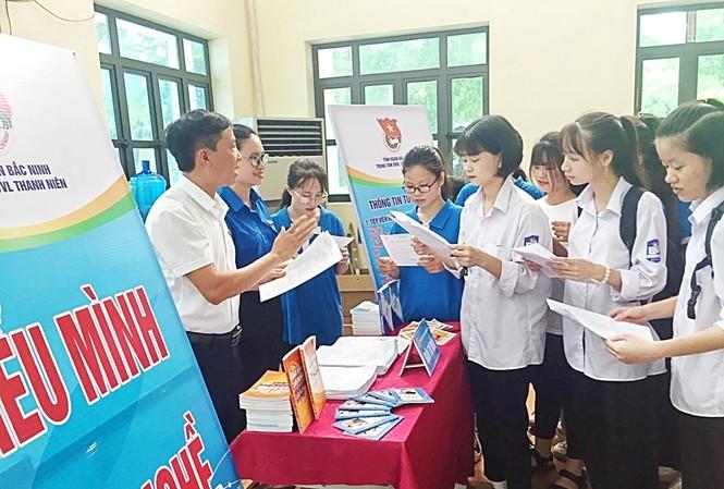 Tỉnh Đoàn Bắc Ninh tư vấn nghề nghiệp cho học sinh