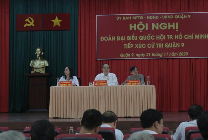Các đại biểu Quốc hội tiếp xúc cử tri quận 9 ngày 21/11