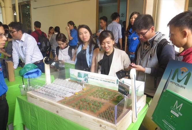Hệ sinh thái mở từ những ứng dụng triệu đô của người khổng lồ là cơ hội cho các startup Việt hợp tác cùng phát triển Ảnh: U.P