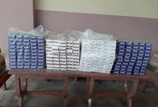 1.950 bao thuốc lá lậu bị công an thu giữ ngày 10/11