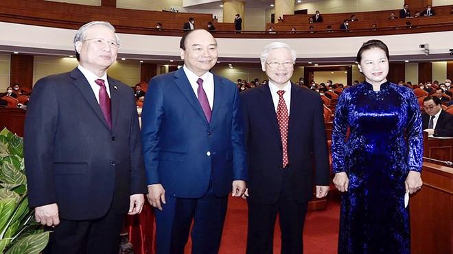 Tổng Bí thư, Chủ tịch nước Nguyễn Phú Trọng và các lãnh đạo của Đảng, Chính phủ, Quốc hội tại Hội nghị Trung ương 14 ảnh: Nhật Minh