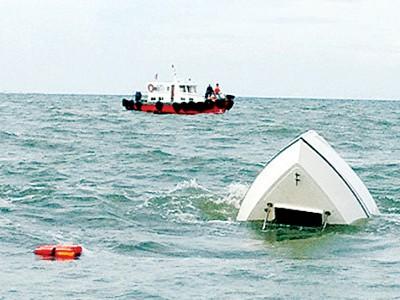 Bắt giám đốc hai công ty vụ chìm ca nô làm 9 người chết