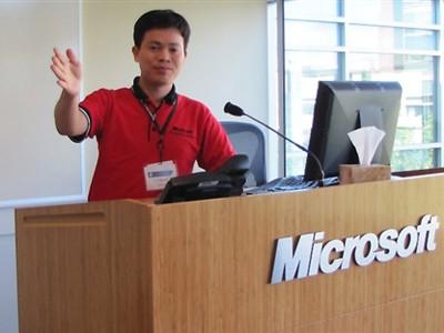 Thầy giáo Việt Nam được Microsoft vinh danh