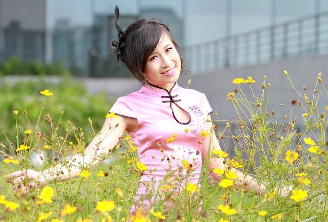 Nữ sinh xứ Lạng rạng rỡ trong nắng thu