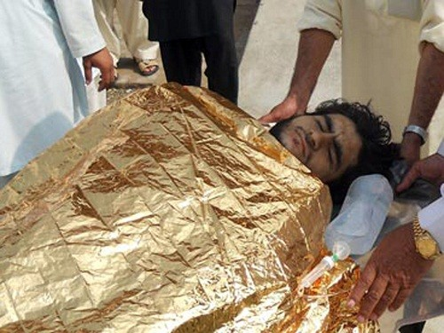Đánh bom tự sát ở Pakistan, 15 người chết