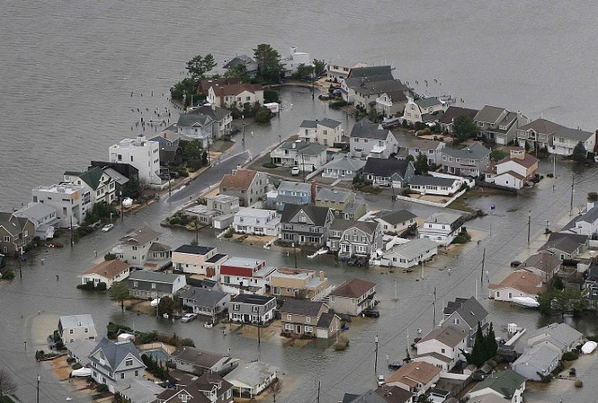 Mỹ: Cuộc sống bị đảo lộn do siêu bão Sandy