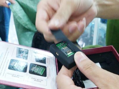 Thu hàng trăm thiết bị điện tử nghe lén, quay trộm