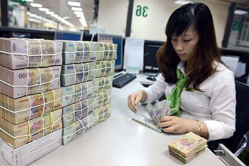 Ngân hàng mang kim cương 'dụ' khách gửi tiền