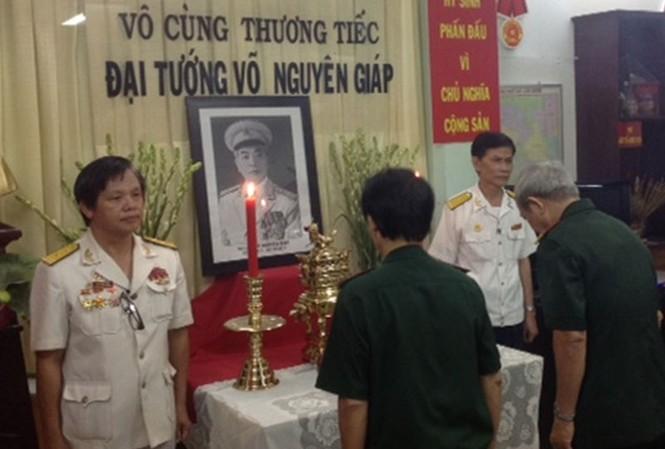 Tấm lòng những Cựu binh lập bàn thờ Đại tướng