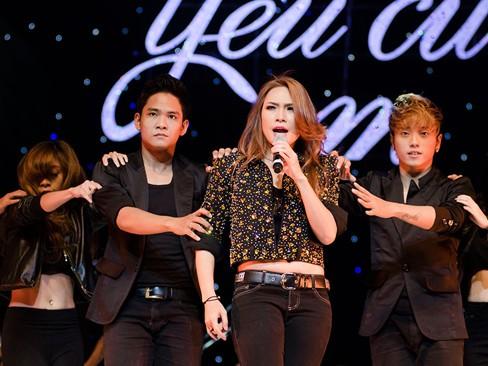 Thắng đề cử EMA Đông Nam Á, Mỹ Tâm hát cực 'sung'