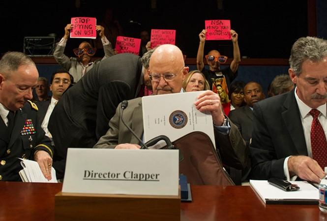Mỹ nói vòng vo về việc nghe lén điện thoại