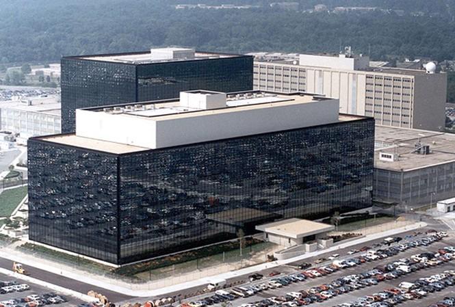 Mỹ đánh cắp dữ liệu Google và Yahoo?