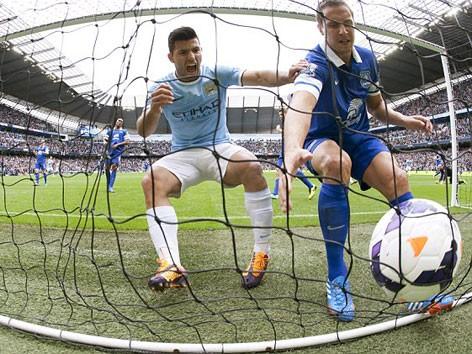 Everton dứt mạch bất bại