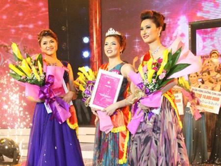 Người đẹp Kinh Bắc tỏa sáng