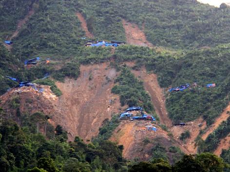 Lào Cai thừa nhận có 12 người chết tại bãi vàng 'thổ phỉ'