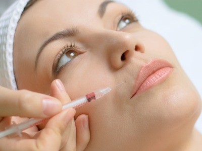 Thực hư về tiêm collagen để trẻ đẹp hơn