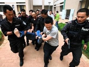 Trung Quốc bắt các quan chức dính tới tội phạm