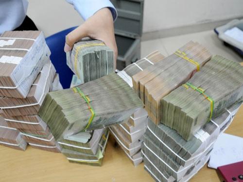 Ba 'ông lớn' ngân hàng bán 12.500 tỉ nợ xấu