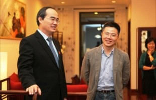Phó Thủ tướng Nguyễn Thiện Nhân đến trao nhà cho GS Ngô Bảo Châu