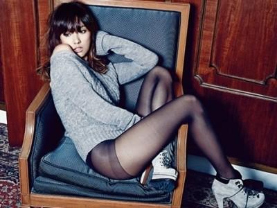 Lee Hyori táo bạo với nội y trên tạp chí