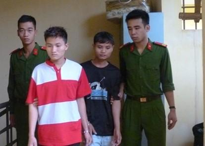Hà Nội: Ba thiếu niên thôn rủ nhau đi cướp giật