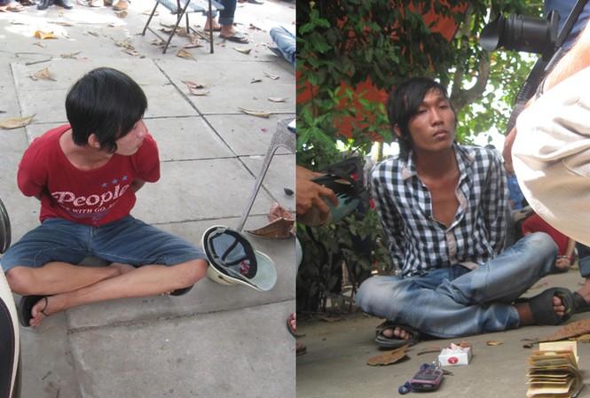 Bắt quả tang hai thanh niên mua bán ma túy
