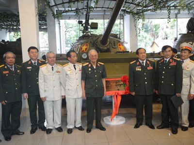 Hành trình trở thành bảo vật quốc gia của xe tăng 390