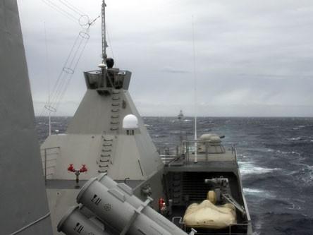 Hai chiến hạm hiện đại nhất Việt Nam tuần tra Biển Đông