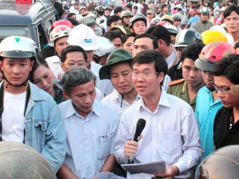 Bí thư Tỉnh ủy đối thoại với dân