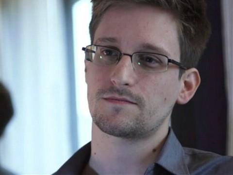 Edward Snowden sẽ giúp Đức điều tra NSA nếu được cấp tị nạn chính trị