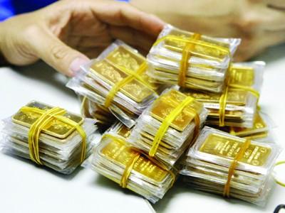 Bắt đầu thu phí gửi vàng