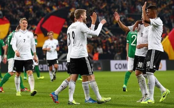 """Đức-CH Ai len (3-0): """"Xe tăng"""" giành vé đến Brazil"""