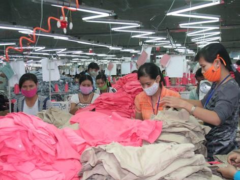 Doanh nghiệp dệt may của Việt Nam đang đứng trước thách thức lớn khi tham gia TPP