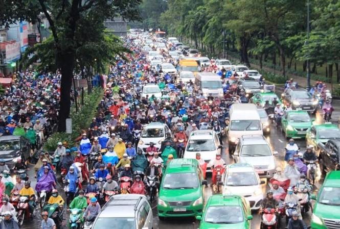 Mở đường, phân luồng chống ùn tắc sân bay Tân Sơn Nhất dịp Tết