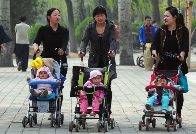 Từ những năm 1970, chính quyền Trung Quốc quy định các cặp vợ chồng chỉ được sinh một con. Ảnh minh họa