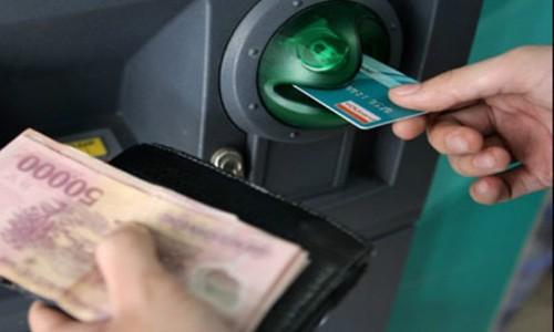 Dự thảo Thông tư cho phép cá nhân từ 11 tuổi có thể sở hữu thẻ ngân hàng.