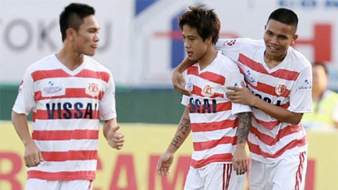 Sau vụ bê bối, đội Ninh Bình đã rút khỏi V-League, còn các cầu thủ thì kẻ tù tội, người thất nghiệp. Ảnh: Đông Huyền