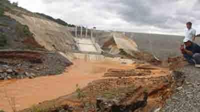 Sự cố vỡ van đường dẫn tại thủy điện Sông Bung 2 khiến nhiều người lo lắng về chất lượng và an toàn công trình khi vận hành