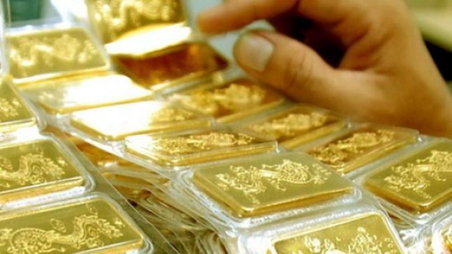 Giá vàng hôm nay 5/12: Vàng giảm mạnh, tỷ giá khó đoán