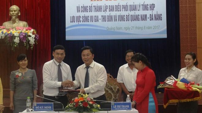 Lãnh đạo tỉnh Quảng Nam và TP. Đà Nẵng ký kết phối hợp quản lý Quản lý tổng hợp lưu vực sông Vu Gia – Thu Bồn và vùng bờ biển.