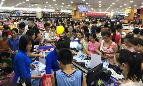 Nhà sách Tiền Phong 2 đón hàng chục ngàn lượt khách Hải Phòng mỗi ngày