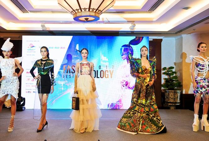 TPHCM: Sắp biểu diễn thời trang tại phố đi bộ Nguyễn Huệ