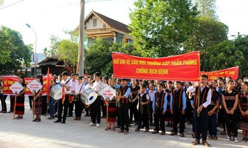 """Lễ phát động phong trào """"Vệ sinh yêu nước, nâng cao sức khỏe nhân dân"""" tại huyện Nam Đông (Thừa Thiên Huế) (Ảnh: Thừa Thiên Huế Online)"""