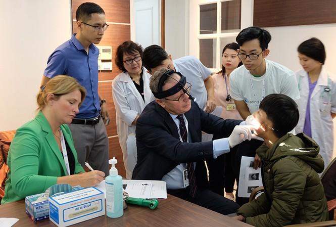 Ký kết hợp tác giữa FTW với Vietnam Airlines và nhiều bệnh viện lớn
