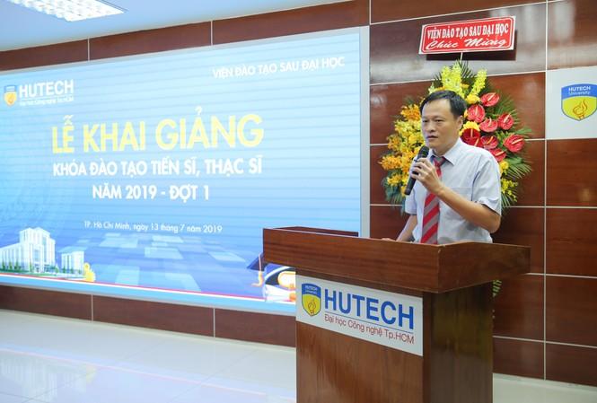 Lễ khai giảng khóa đào tạo Thạc sĩ – Tiến sĩ năm 2019 của HUTECH diễn ra sáng ngày 13/7