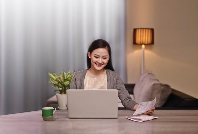 VCB triển khai dịch vụ ủy quyền trích nợ tự động thanh toán cước viễn thông